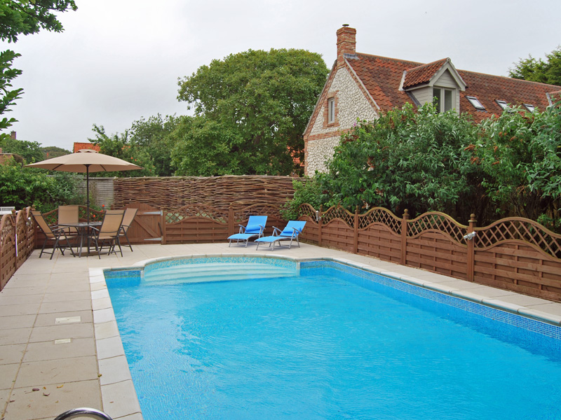Norfolk cb properties for Houses in england with swimming pools
